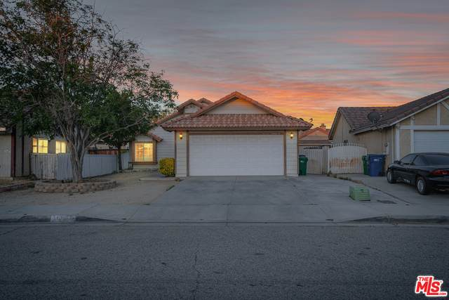 36920 Goldenview Way, Palmdale, CA 93552 (#21-747396) :: Lydia Gable Realty Group