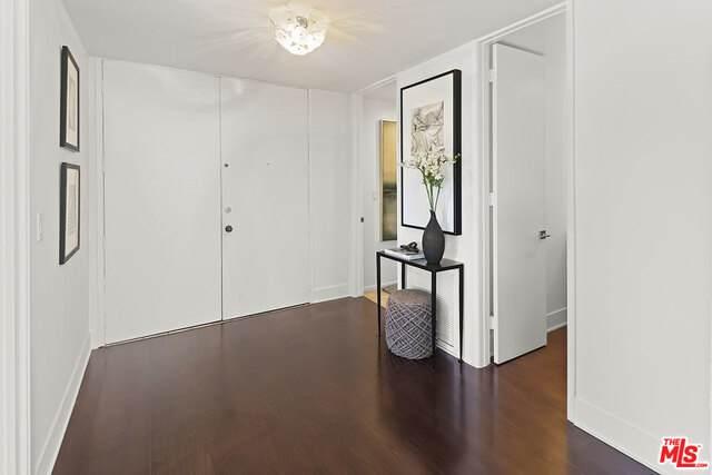 1500 Camden Ave 4B, Los Angeles, CA 90025 (MLS #21-747428) :: The John Jay Group - Bennion Deville Homes