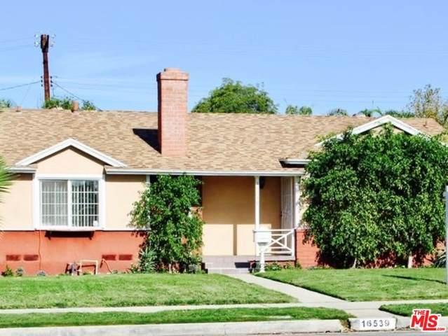 16539 Plummer St, North Hills, CA 91343 (#21-747620) :: Randy Plaice and Associates