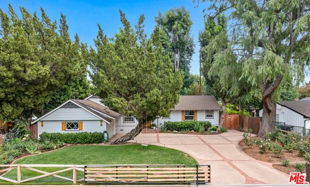 23222 Ostronic Dr, Woodland Hills, CA 91367 (#21-747632) :: Lydia Gable Realty Group