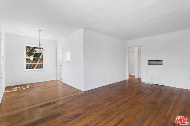 658 Westminster Ave, Venice, CA 90291 (#21-747638) :: Angelo Fierro Group | Compass
