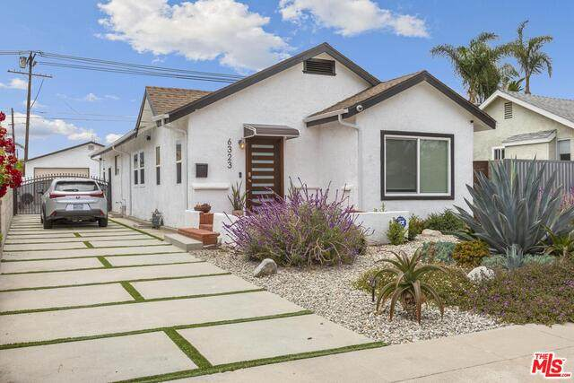 6323 S Harcourt Ave, Los Angeles, CA 90043 (#21-747690) :: Lydia Gable Realty Group