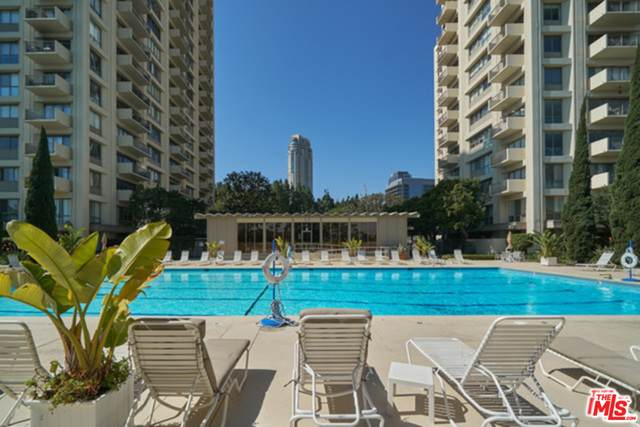 2170 Century Park #105, Los Angeles, CA 90067 (MLS #21-747922) :: The Sandi Phillips Team