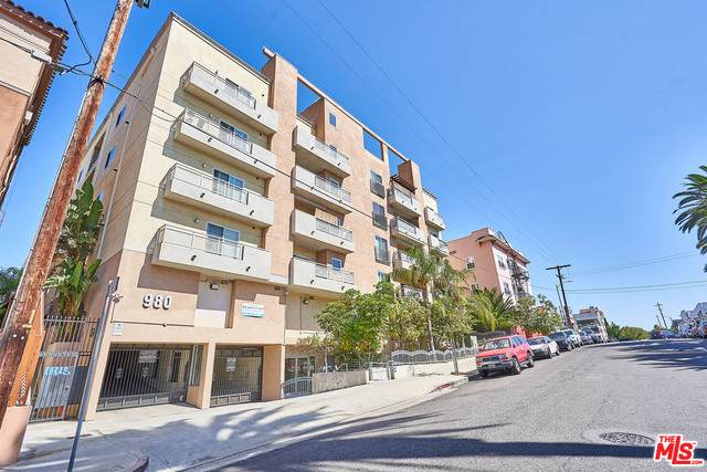 980 S Oxford Ave #103, Los Angeles, CA 90006 (#21-748694) :: The Pratt Group