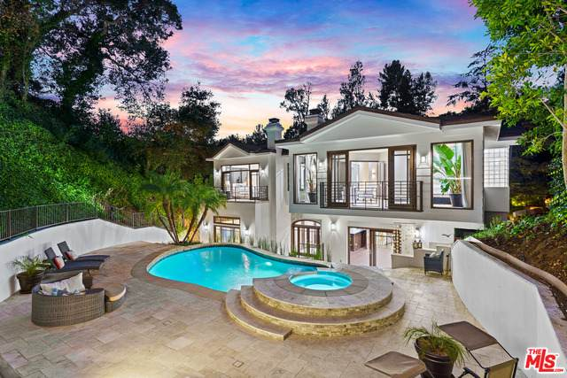 2650 Hutton Dr, Beverly Hills, CA 90210 (MLS #21-748874) :: The Jelmberg Team