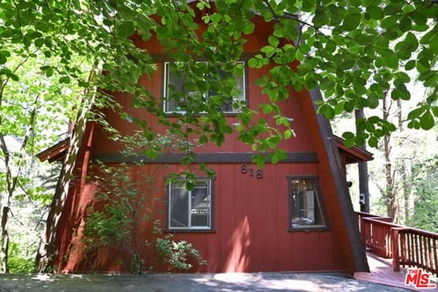 818 Oakmont Ln, Lake Arrowhead, CA 92352 (#21-749134) :: The Pratt Group