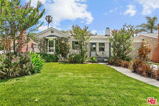 414 N Sparks St, Burbank, CA 91506 (#21-749140) :: Montemayor & Associates