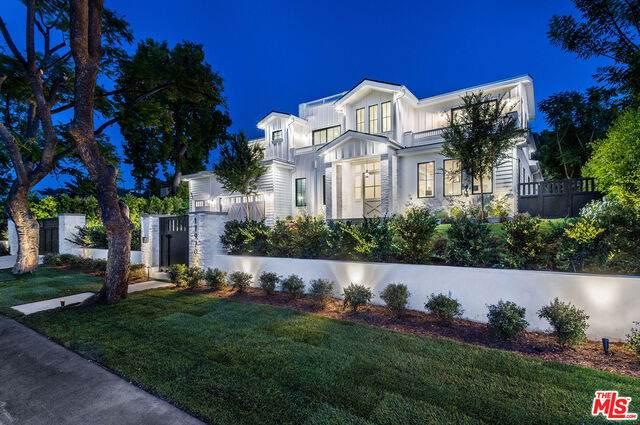 17970 Rancho St, Encino, CA 91316 (#21-749200) :: Berkshire Hathaway HomeServices California Properties