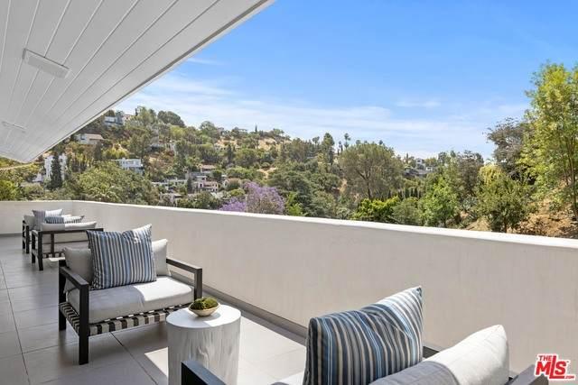 5935 Canyon Heights Ln, Los Angeles, CA 90068 (#21-749258) :: The Pratt Group