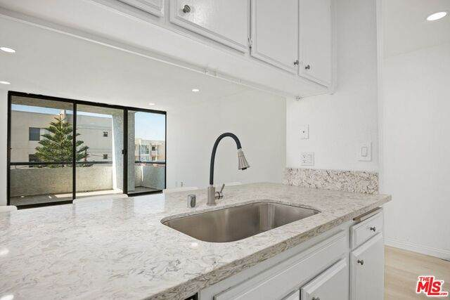 630 N Grand Ave #304, Los Angeles, CA 90012 (#21-750038) :: Lydia Gable Realty Group