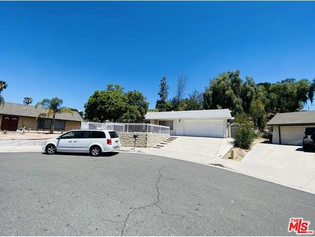 6100 Trujillo Way, Riverside, CA 92509 (MLS #21-750050) :: Hacienda Agency Inc