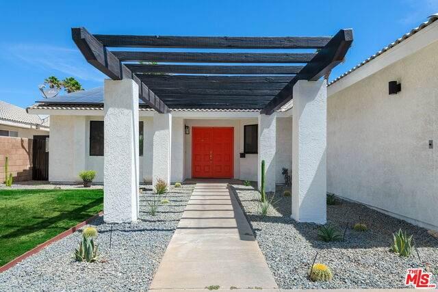 67350 Ovante Rd, Cathedral City, CA 92234 (MLS #21-750388) :: Brad Schmett Real Estate Group