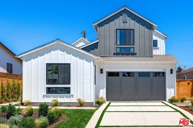 752 Hartzell St, Pacific Palisades, CA 90272 (#21-750392) :: Angelo Fierro Group | Compass