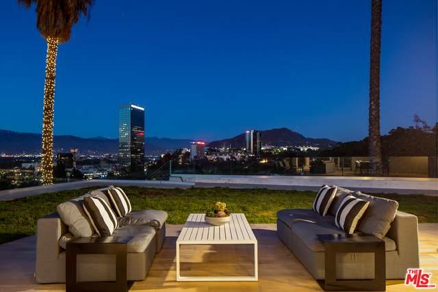 10901 Terryview Dr, Studio City, CA 91604 (#21-750396) :: Montemayor & Associates