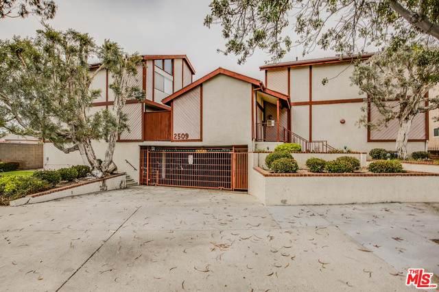 2509 W Redondo Beach Blvd #31, Gardena, CA 90249 (#21-750508) :: Montemayor & Associates