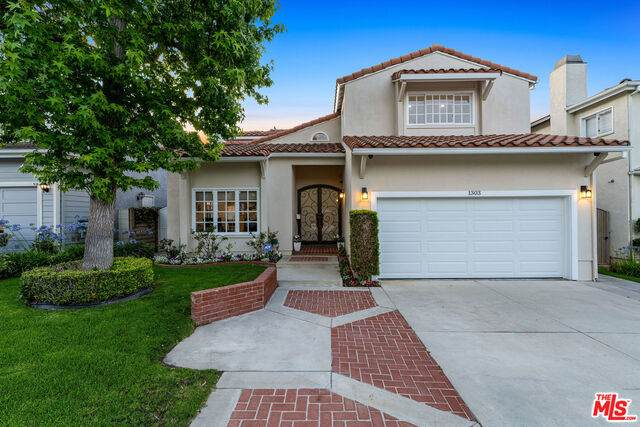 1303 Ozone Ave, Santa Monica, CA 90405 (MLS #21-750802) :: The John Jay Group - Bennion Deville Homes