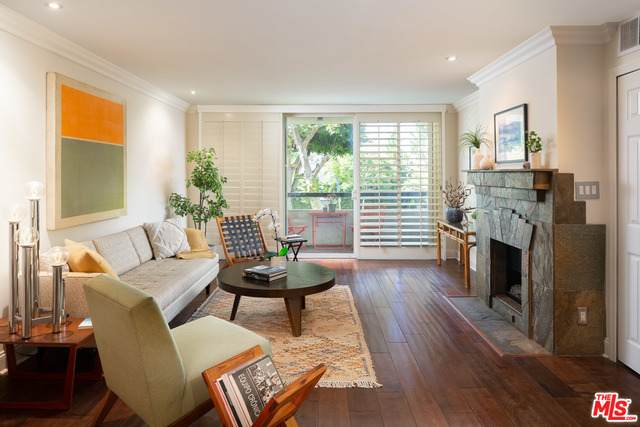 8535 W West Knoll Dr #101, West Hollywood, CA 90069 (#21-750896) :: TruLine Realty