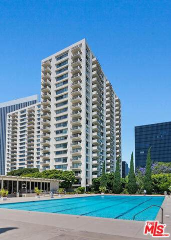 2170 Century Park East #409, Los Angeles, CA 90067 (#21-751174) :: TruLine Realty