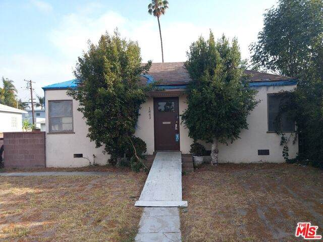 1843 W 152nd St, Gardena, CA 90249 (#21-751314) :: The Grillo Group