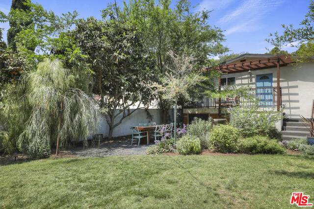 4046 Guardia Ave, Los Angeles, CA 90032 (#21-751318) :: The Pratt Group