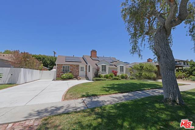 3308 Corinth Ave, Los Angeles, CA 90066 (#21-751406) :: The Pratt Group