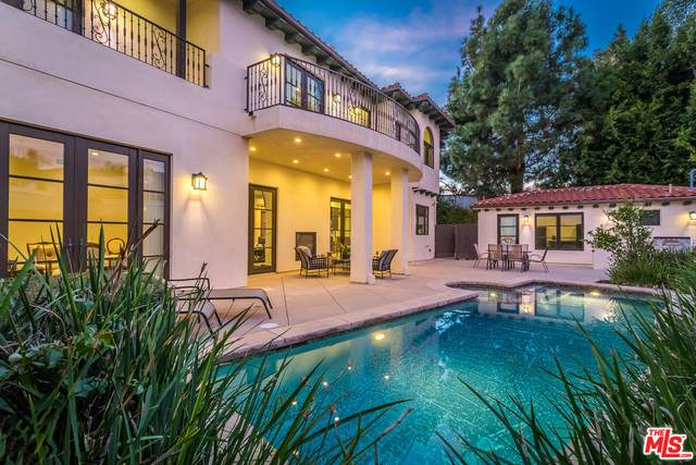 238 N Rexford Dr, Beverly Hills, CA 90210 (#21-751664) :: The Grillo Group