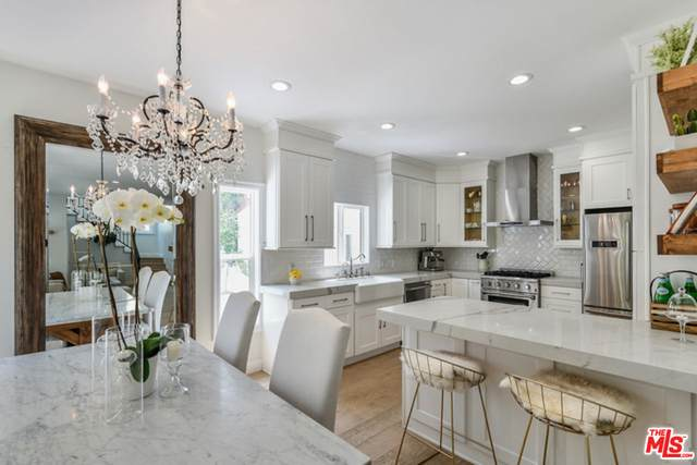 7614 Willoughby Ave, West Hollywood, CA 90046 (#21-751956) :: The Grillo Group