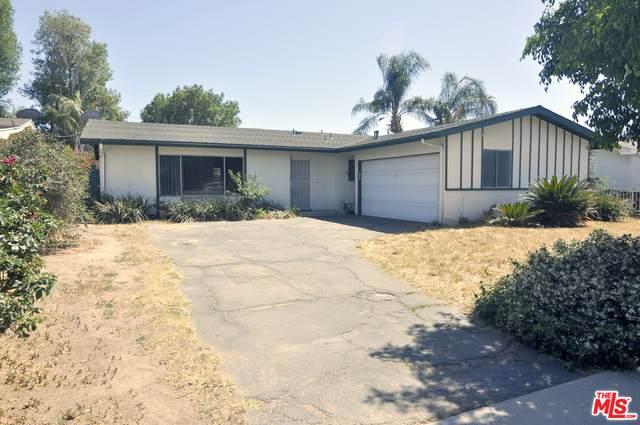 16420 Bryant St, North Hills, CA 91343 (#21-752326) :: The Pratt Group