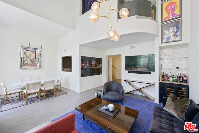 930 N Doheny Dr #416, West Hollywood, CA 90069 (#21-752510) :: The Grillo Group