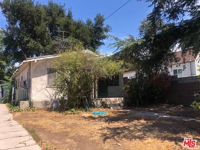 10810 Mcvine Ave, Sunland, CA 91040 (#21-752886) :: Lydia Gable Realty Group