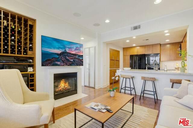 5625 Crescent Park #107, Playa Vista, CA 90094 (#21-753000) :: Vida Ash Properties   Compass