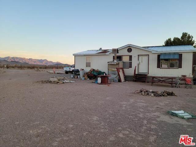 940 W Faith Ln, Tecopa, CA 92389 (#21-754418) :: Lydia Gable Realty Group