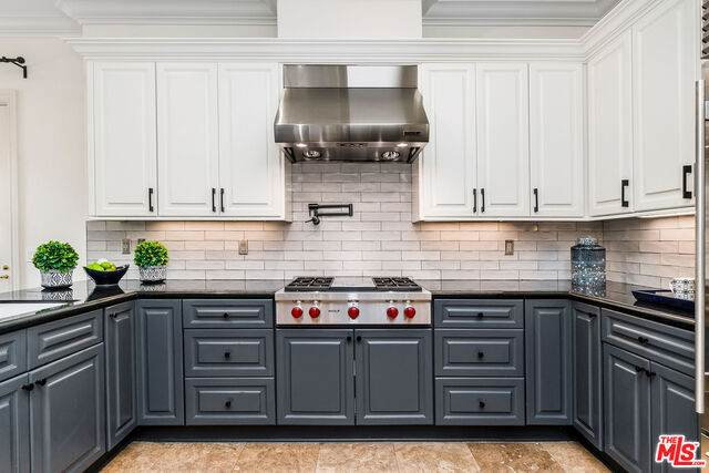 980 Ellington Ln, Pasadena, CA 91105 (#21-755090) :: Vida Ash Properties | Compass