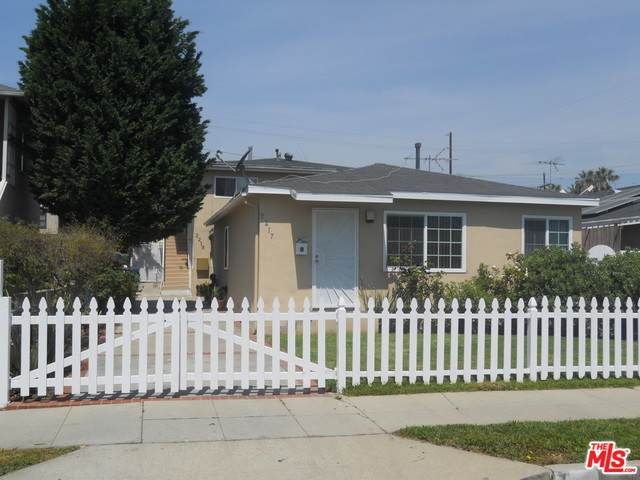 2217 Barbour Ct, San Pedro, CA 90731 (MLS #21-756052) :: Zwemmer Realty Group
