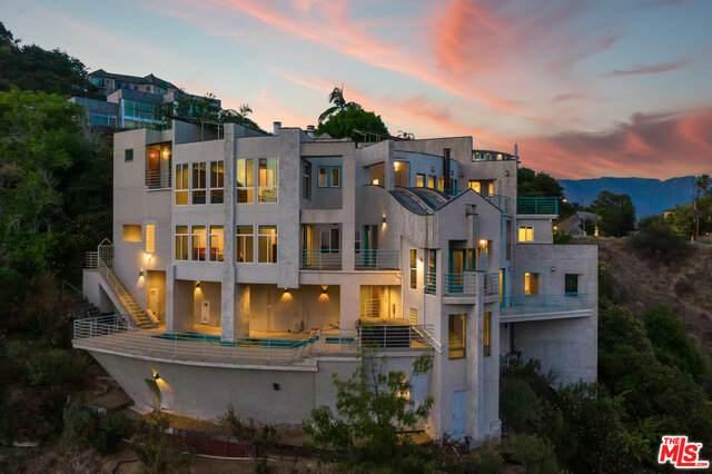 1562 Glen Oaks Blvd, Pasadena, CA 91105 (#21-756098) :: Lydia Gable Realty Group