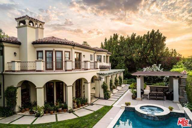19029 Ashurst Lane, Tarzana, CA 91356 (#21-756374) :: Berkshire Hathaway HomeServices California Properties
