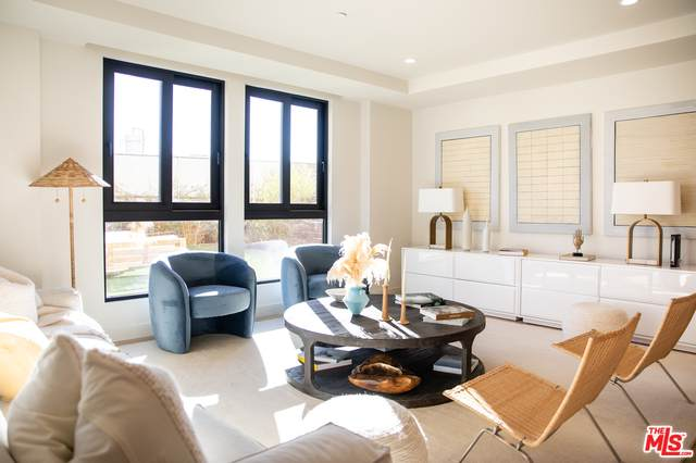 17316 Tramonto Dr #703, Pacific Palisades, CA 90272 (MLS #21-756732) :: Zwemmer Realty Group