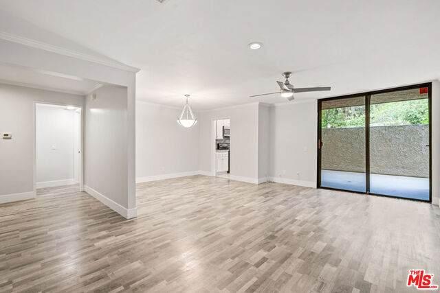 4049 Via Marisol #127, Los Angeles, CA 90042 (#21-757280) :: Berkshire Hathaway HomeServices California Properties