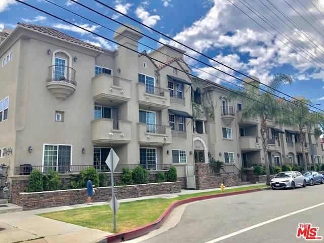 10740 Moorpark St #303, Toluca Lake, CA 91602 (#21-757518) :: Berkshire Hathaway HomeServices California Properties