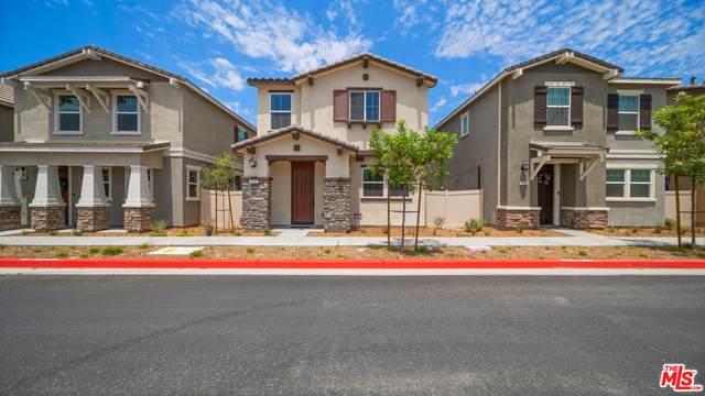 17117 Provo Lane, Santa Clarita, CA 91387 (#21-758184) :: Berkshire Hathaway HomeServices California Properties