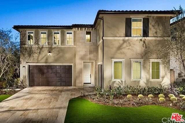 19132 Lauren Ln, Santa Clarita, CA 91350 (#21-758546) :: Berkshire Hathaway HomeServices California Properties