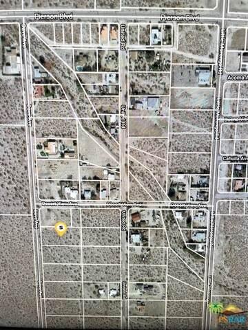 0 Dave Ave Lot 43, Desert Hot Springs, CA 92240 (MLS #21-759804) :: Zwemmer Realty Group