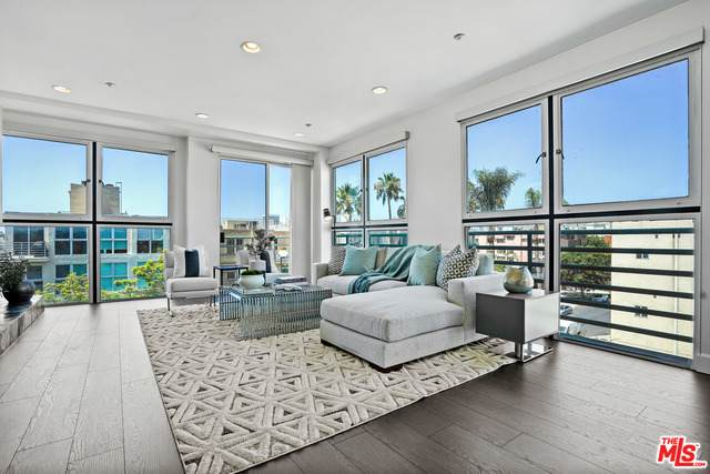 1932 Selby Ave #401, Los Angeles, CA 90025 (#21-760218) :: TruLine Realty