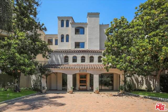 4201 Via Marisol #226, Los Angeles, CA 90042 (#21-760616) :: Berkshire Hathaway HomeServices California Properties