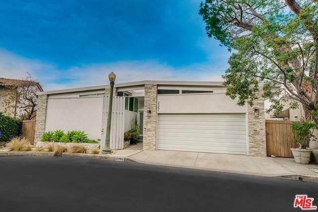 3351 Tareco Dr, Los Angeles, CA 90068 (#21-760842) :: Berkshire Hathaway HomeServices California Properties