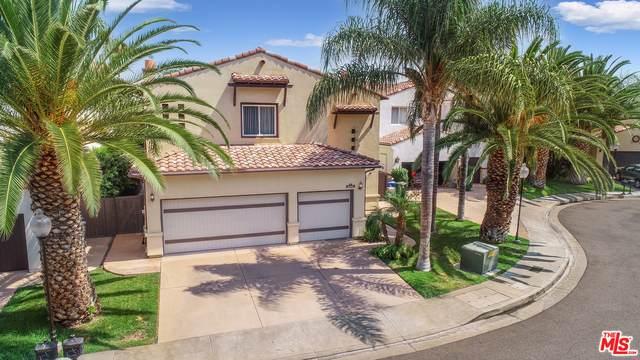 18445 Sunny Ln, Tarzana, CA 91356 (#21-761242) :: Berkshire Hathaway HomeServices California Properties
