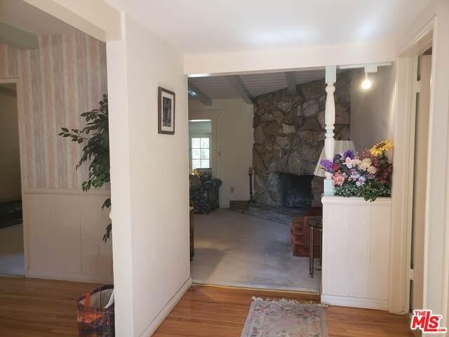 8541 Belmar Ave, Northridge, CA 91324 (#21-761274) :: Montemayor & Associates