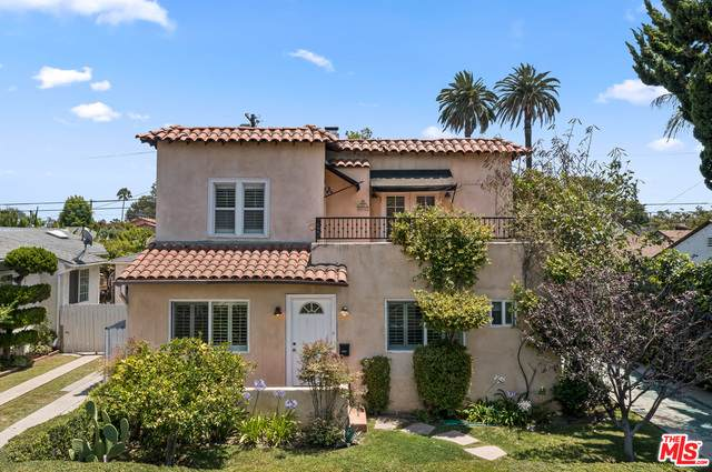3104 S Beverly Dr, Los Angeles, CA 90034 (#21-761380) :: Montemayor & Associates