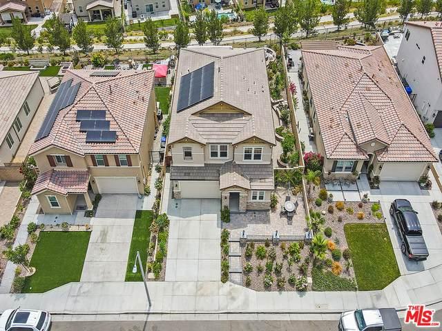 19470 Maldonado Pl, Santa Clarita, CA 91350 (#21-761778) :: Berkshire Hathaway HomeServices California Properties