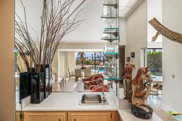 26 Cresta Verde Dr, Rancho Mirage, CA 92270 (#21-762200) :: Lydia Gable Realty Group